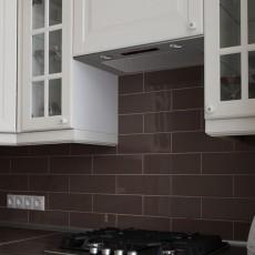 Установка встраиваемой вытяжки на кухне: правила и особенности сборки