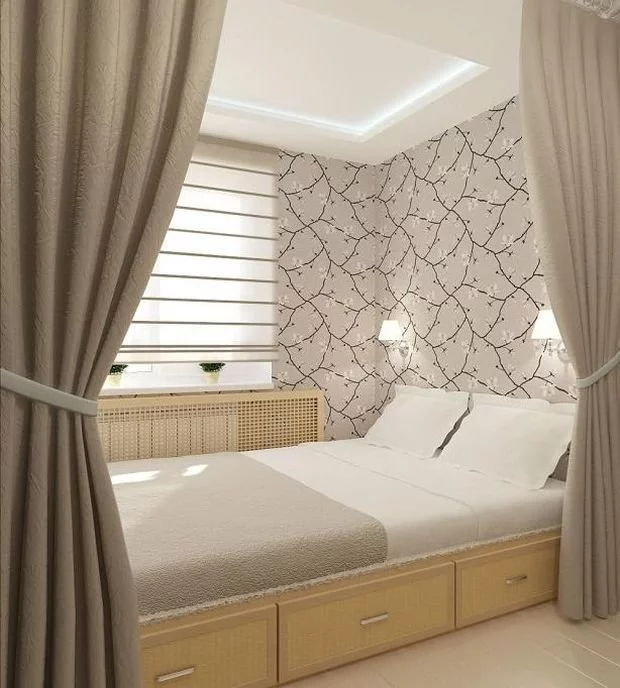 Зонирование шторами - самый простой и бюджетный вариант для малогабаритной квартиры