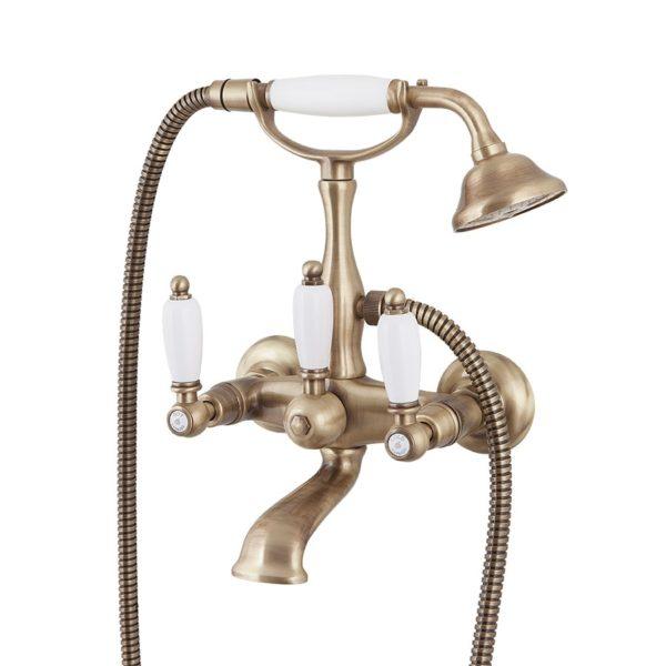 Латунный смеситель для ванной