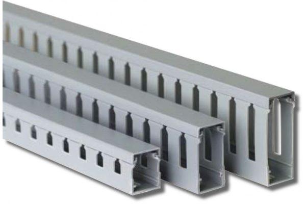 Перфорированный короб для укладки кабеля