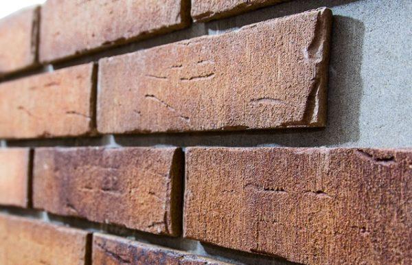 Фасадные панели под камень – имитация не хуже оригинала
