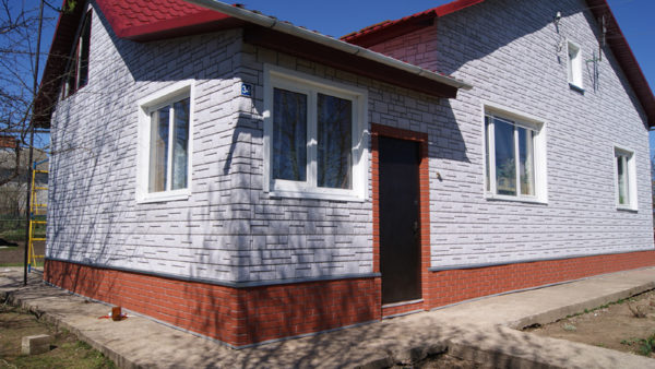 Фасадные панели (сайдинг) под камень