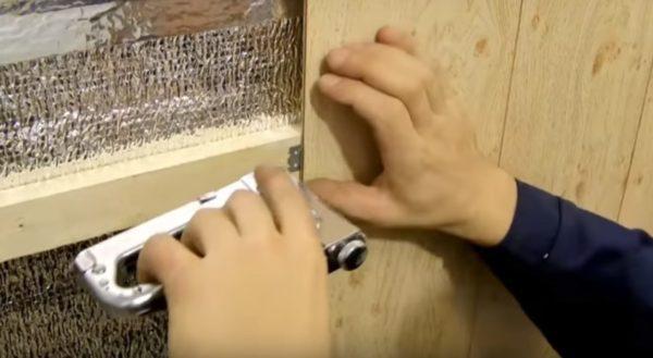 Фиксация панели с помощью кляймера
