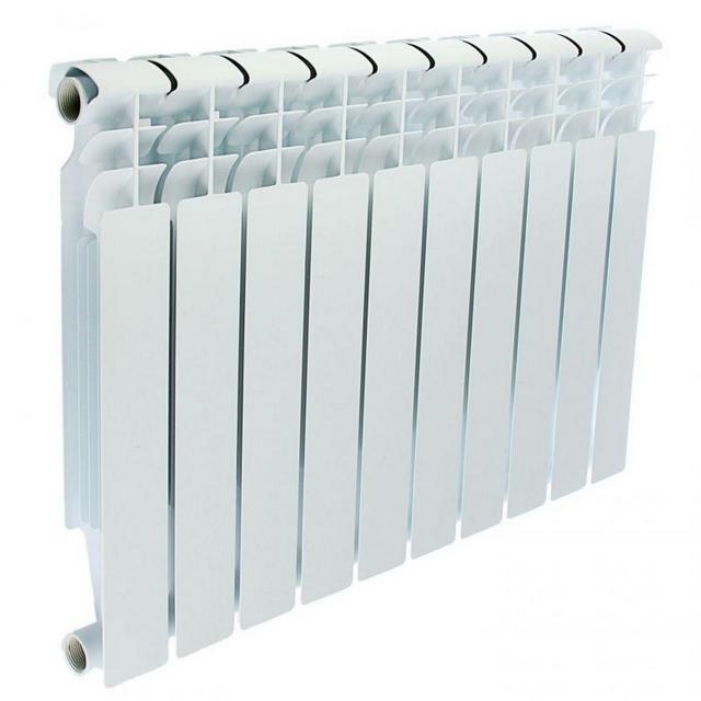 Очень популярная форма алюминиевых радиаторов с плоской лицевой поверхностью, дающей хороший поток теплового излучения, и несколькими конвекционными каналами.