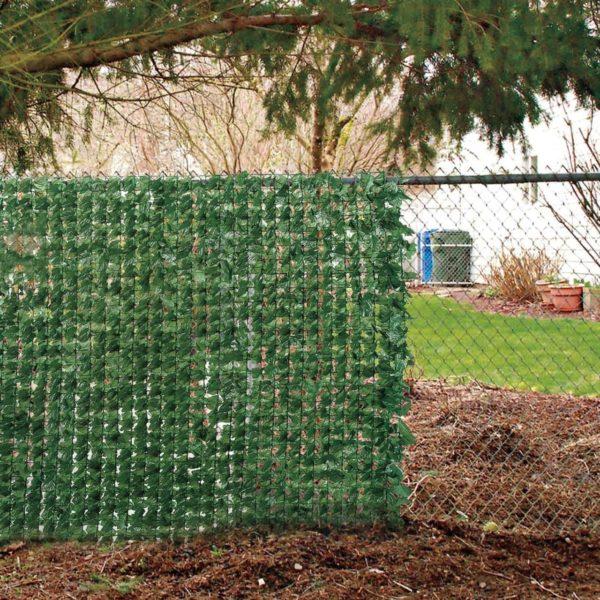 Сетка-рабица – отличный каркас для изгороди