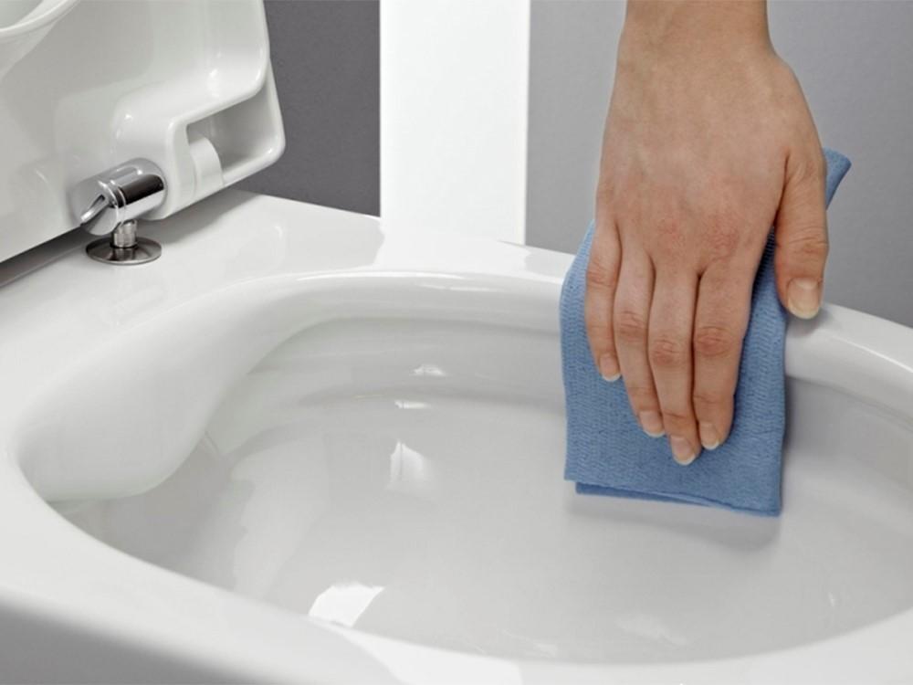 Удалить налет в унитазе в домашних условиях