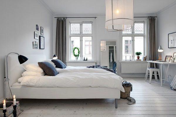 Отделка стен в скандинавском стиле обычно подразумевает окрашивание оштукатуренной поверхности в светлые цвета