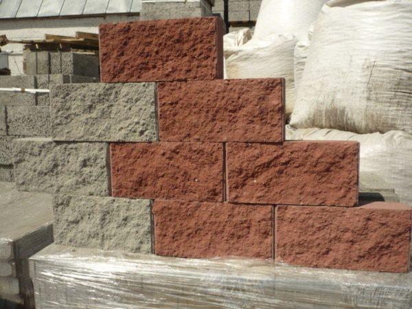 Облицовочные блоки из офактуренного бетона