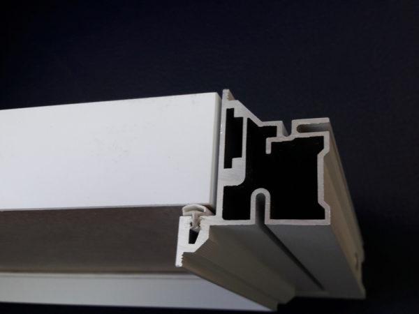Профиль дверной коробки изготавливается из анодированного алюминия