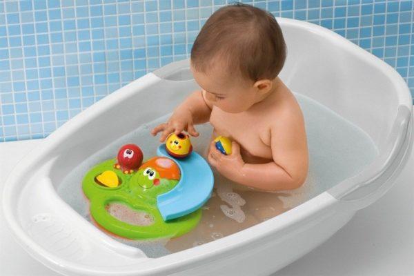 Полная ванная – только малышам