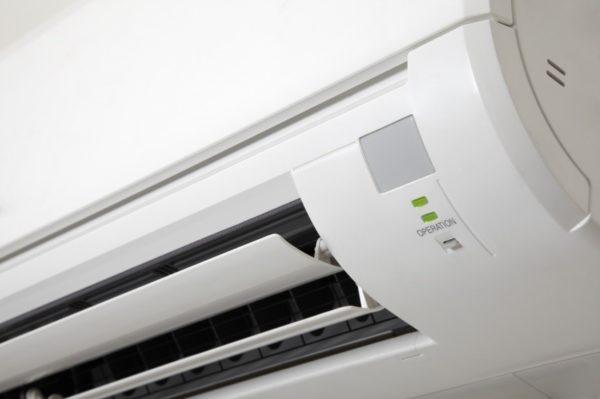 Если кондиционер не справляется с охлаждением, это начинает доставлять кучу неудобств