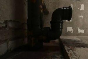 Шаг 3 – установка отводного колена