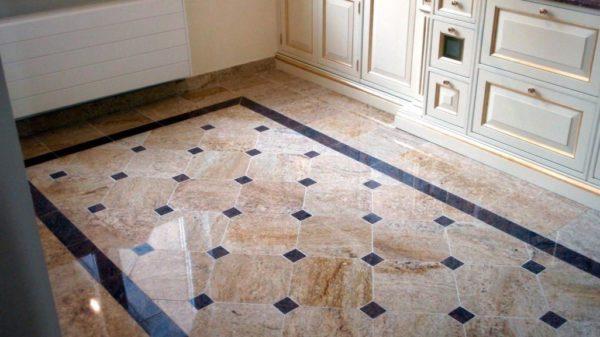 Шикарный мраморный пол в кухне