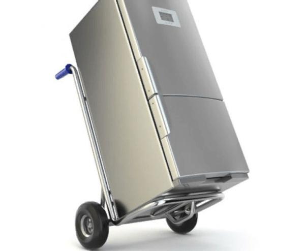 Стандартная тележка оснащается специальными фиксаторами, чтобы прочно закрепить холодильник