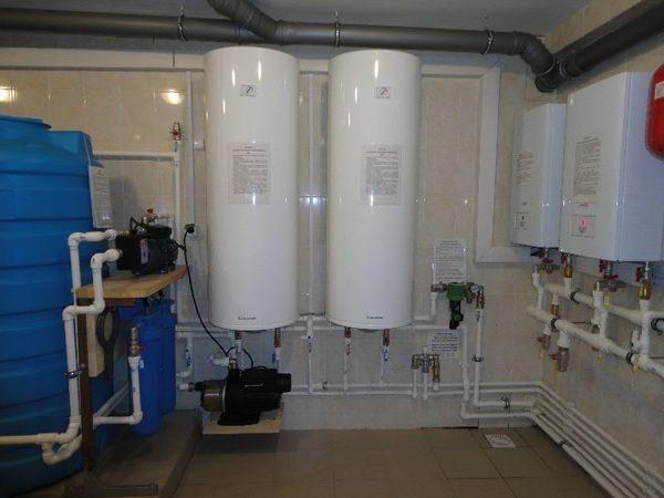 Цилиндрический водонагреватели Ariston SGA на 200 л