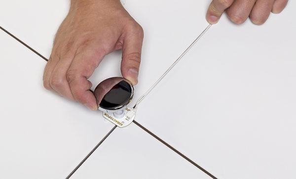 Датчики размещаются на поверхности пола