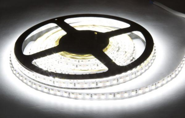 Лента светодиодная герметичная, 120 диодов на метр, белая