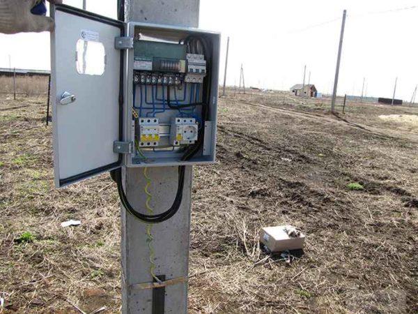 Наличие электричества и других коммуникаций - большой плюс