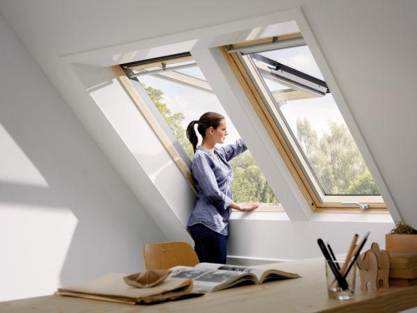 Окна не будут громко хлопать при закрытии, если уплотнители достаточно мягкие и эластичные
