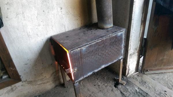 Печь для гаража – это важное оборудование, которое позволит создать оптимальные условия даже в холодное время года