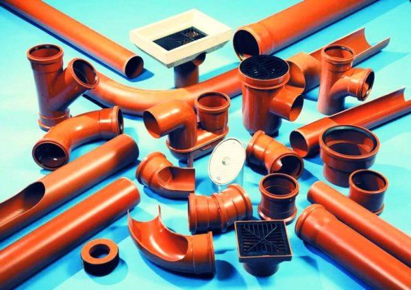 Пластмассовые трубы и фитинги для канализации