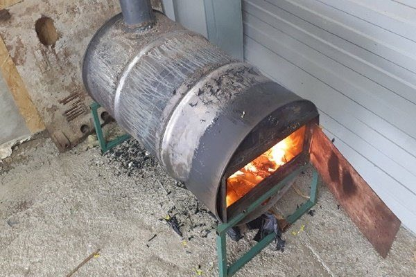 Самодельная печь-буржуйка из бочки