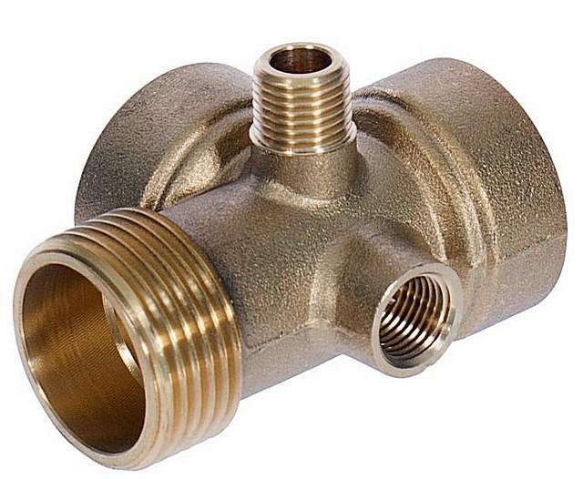 Пятивыводной штуцер для соединения насоса, гидроаккумулятора и домашнего водопровода в общую систему с автоматическим управлением.