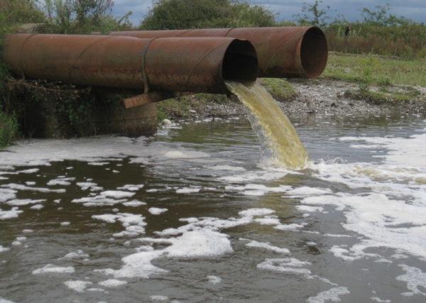 Если нет централизованной канализации, что делать со стоками?