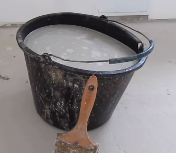 Смешиваем с цементом\мелом