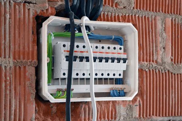 Установка кабеля в щиток
