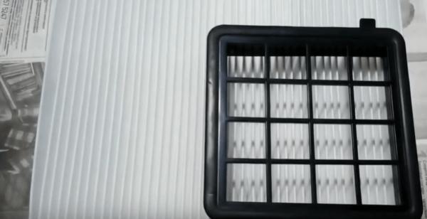 Вырезаем фильтр по размеру, а края заливаем силиконовым герметиком
