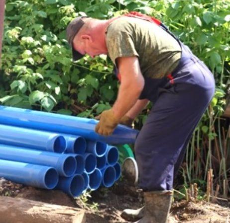 Пластиковая обсадная колонна в разборе
