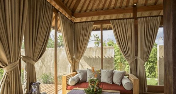 Тяжелые шторы требуют установки прочных карнизов