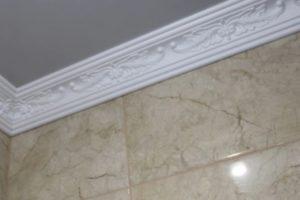 Шаг 7 – финишное покрытие потолка