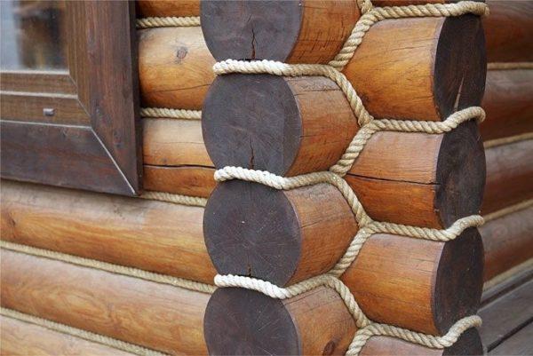 Ещё лучше на стыках смотрится декоративный шнур
