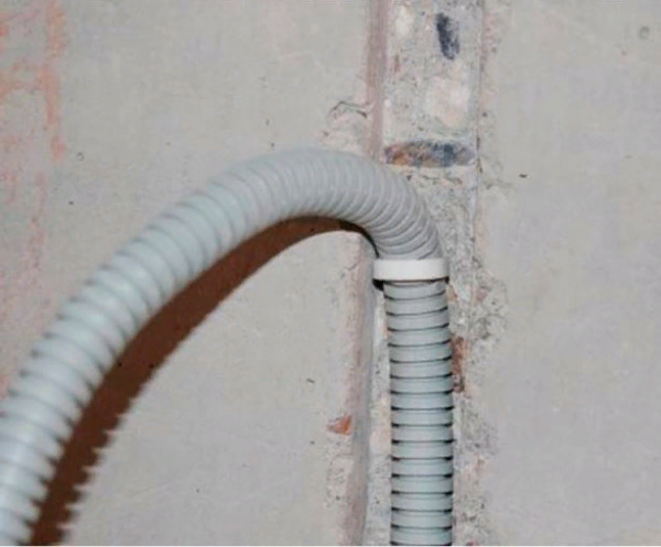 Так выглядит штроба в перекрытии под кабель
