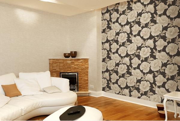 Дизайн гостиной, дополненный флизелиновыми обоями разных фактур