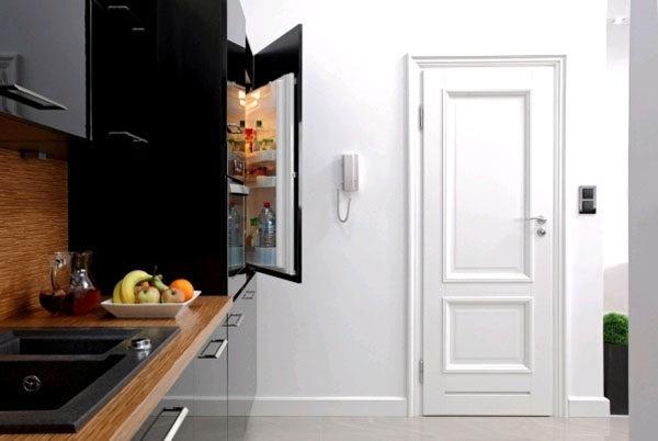 Финские двери отличаются высоким качеством, но имеют минималистический дизайн
