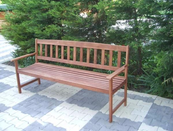 Переносная скамейка из древесины