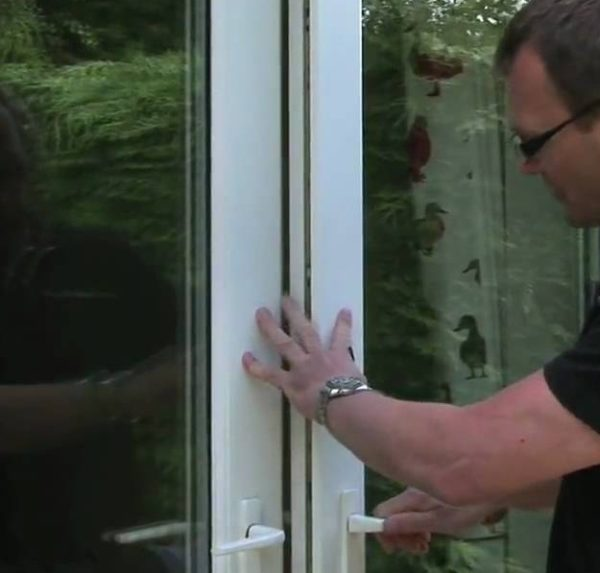 Неплотное примыкание балконной двери