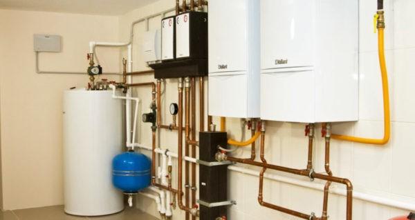При выборе места для установки котла нужно принимать во внимание его мощность и сопутствующее оборудование