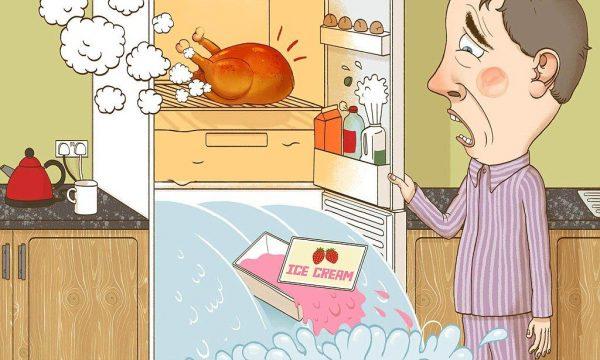 Не стоит класть в холодильник недостаточно охлажденные, тем более только что снятые с горячей плиты блюда